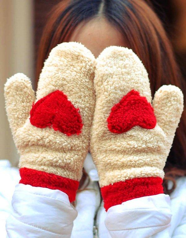 footwear,red,shoe,leg,fur,