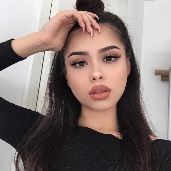 eyebrow, beauty, cheek, forehead, lip,
