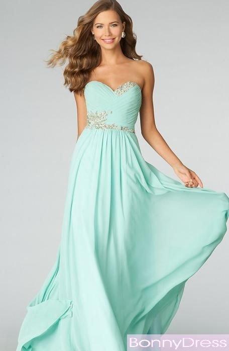 clothing,dress,wedding dress,woman,bridal party dress,