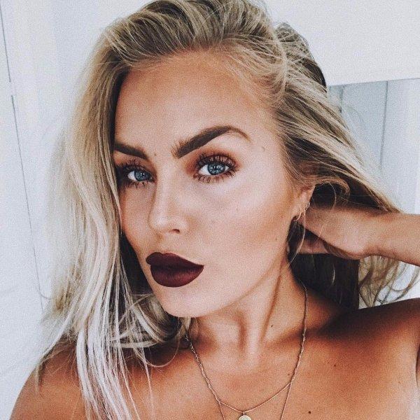 beauty, eyebrow, human hair color, blond, model,