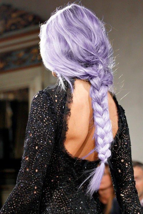 hair,clothing,hairstyle,fashion accessory,long hair,