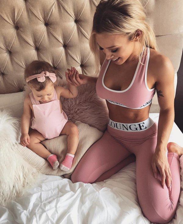 pink, girl, active undergarment, undergarment, brassiere,