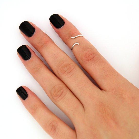 Snake DEsign Sterling Silver Knuckle Ring
