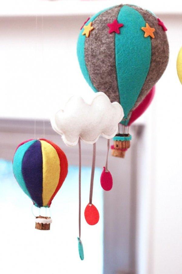 hot air balloon,balloon,aircraft,toy,vehicle,