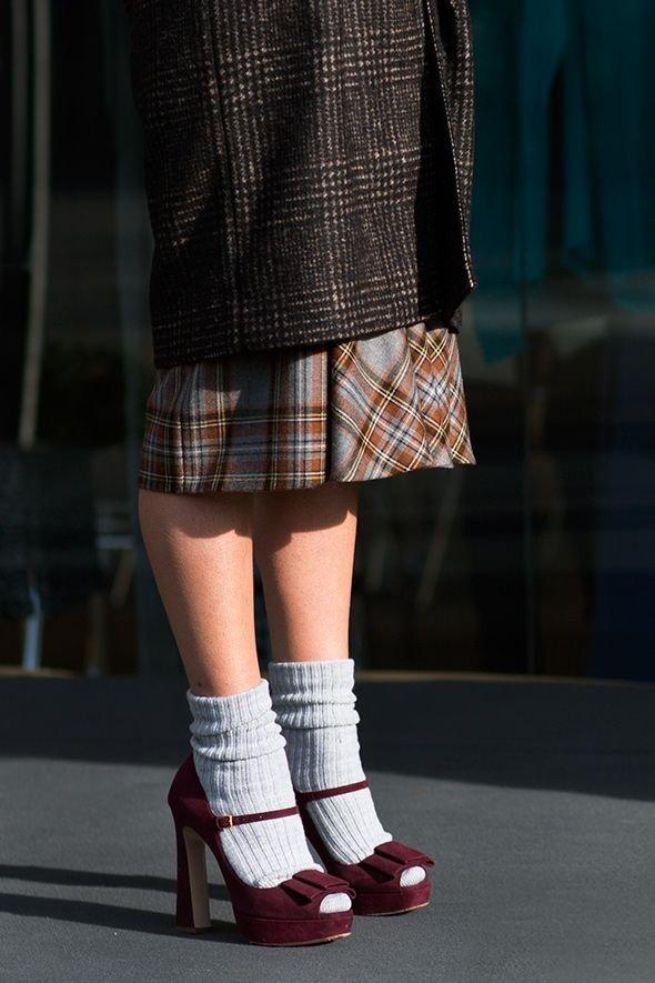 Wear Loose Socks