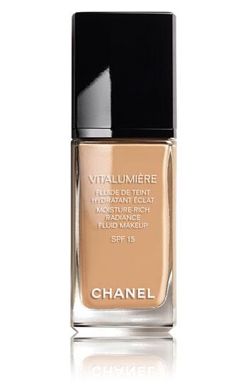 CHANEL VITALUMIÈRE Moisture-Rich Radiance Fluid Makeup