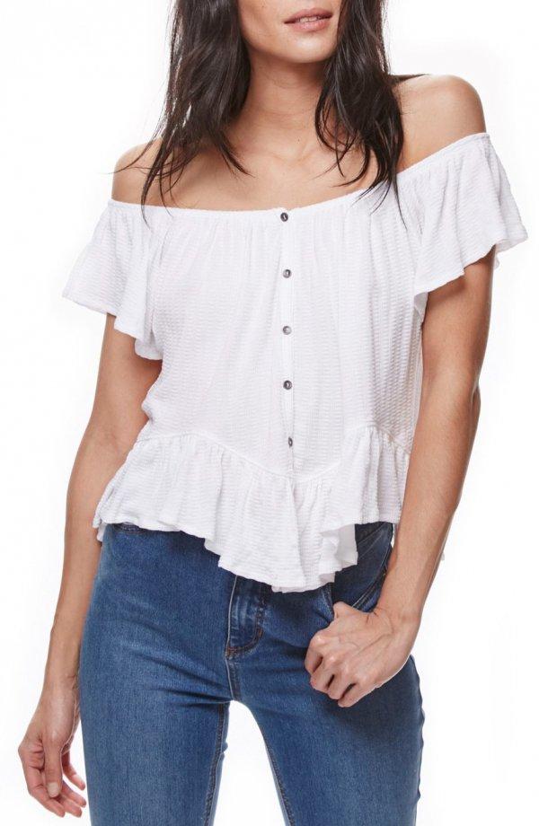 clothing, sleeve, blouse, denim, pocket,