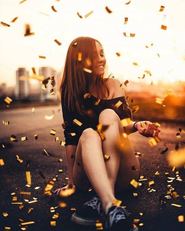 yellow, girl, lady, leg, sunlight,
