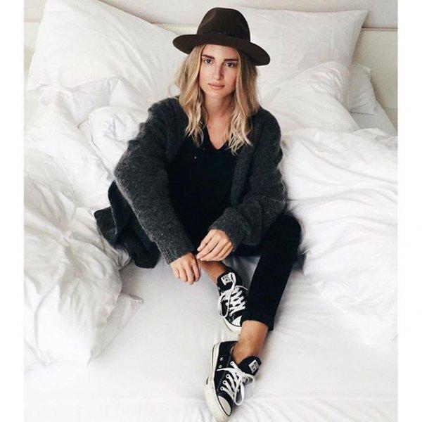 clothing, hood, fur, sleeve, outerwear,