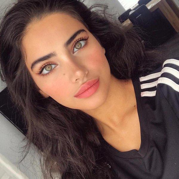 eyebrow, beauty, lip, cheek, chin,