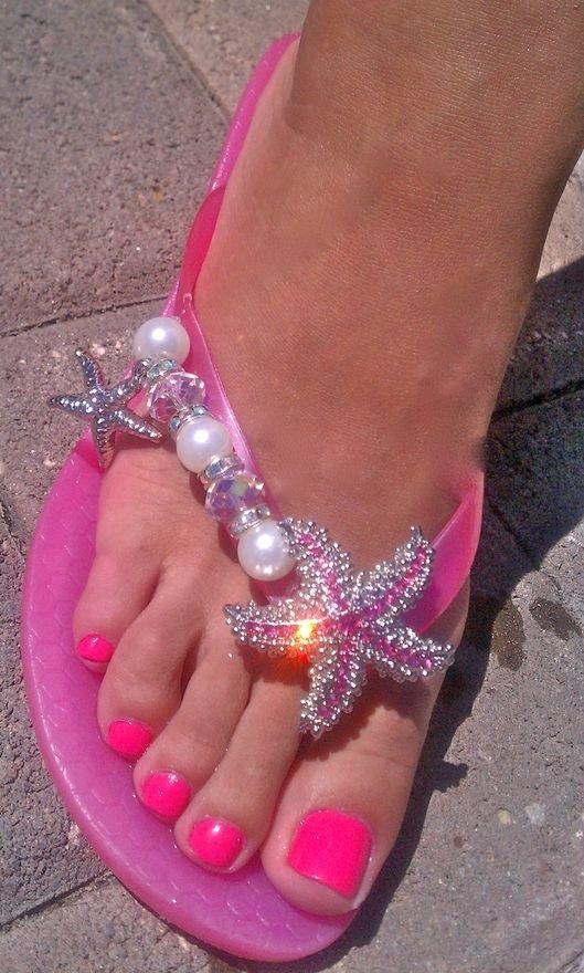pink,footwear,leg,toe,shoe,