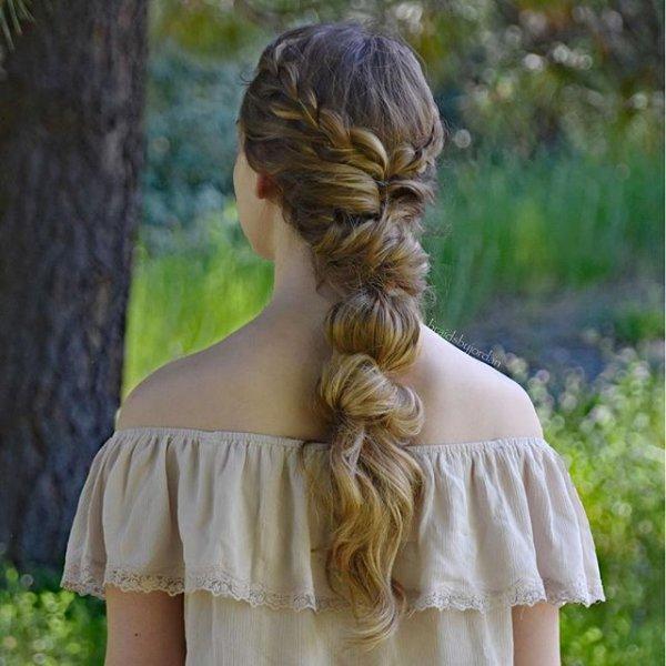 hair, clothing, hairstyle, long hair, blond,