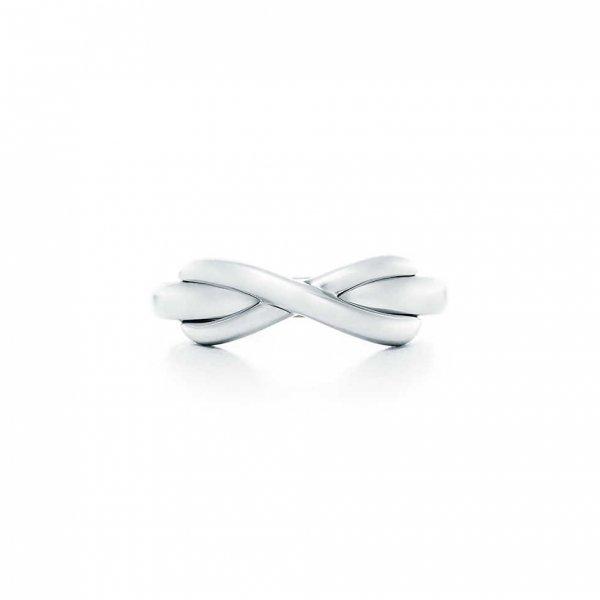 bracelet, jewellery, fashion accessory, product, footwear,
