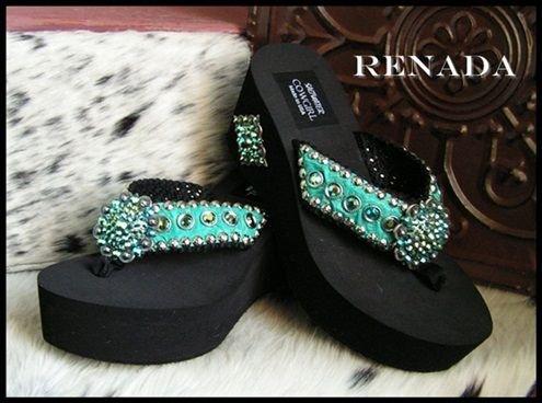 footwear,shoe,black,sneakers,sandal,