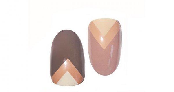 finger, nail, heart, hand, footwear,