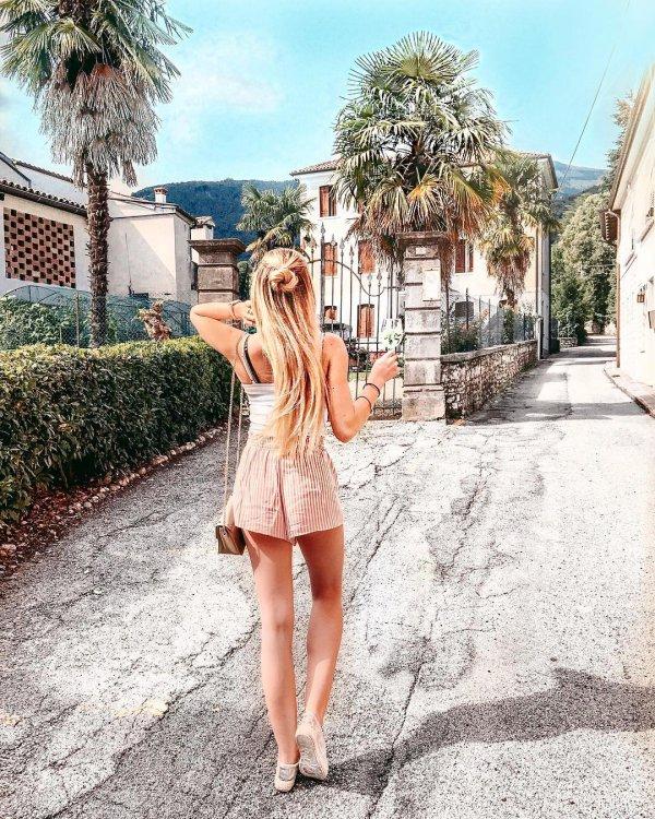 pink, shoulder, leg, girl, fashion model,