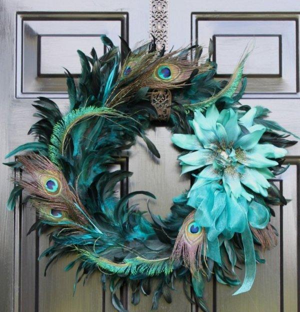 bird,blue,fashion accessory,christmas decoration,wreath,