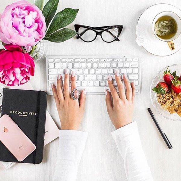 fashion accessory, flower, hand, brand,