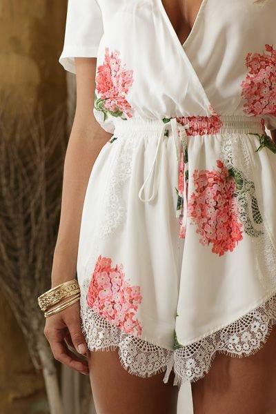 clothing,pink,dress,wedding dress,sleeve,