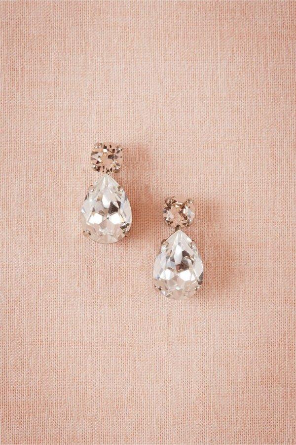 earrings,jewellery,fashion accessory,pendant,locket,