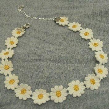 Daisy Flower Lace Boho Choker