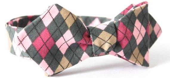 Argyle Diamond Point Bow Tie