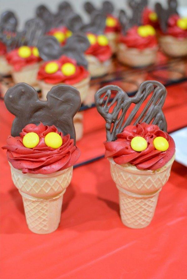 Food, Ice cream cone, Dessert, Cupcake, Sweetness,