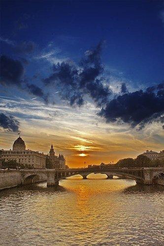 Seine,sky,reflection,cloud,horizon,