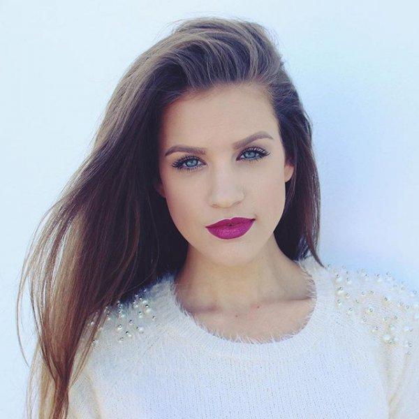 clothing, hair, hairstyle, eyebrow, model,