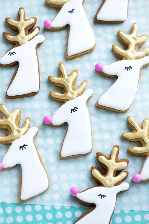 dessert,gingerbread,food,reindeer,deer,