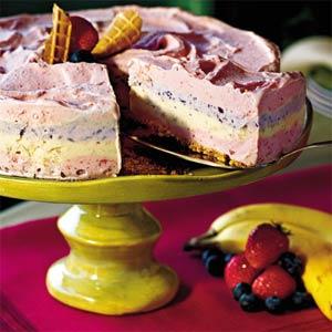 Strawberry Smoothie Ice-Cream Pie