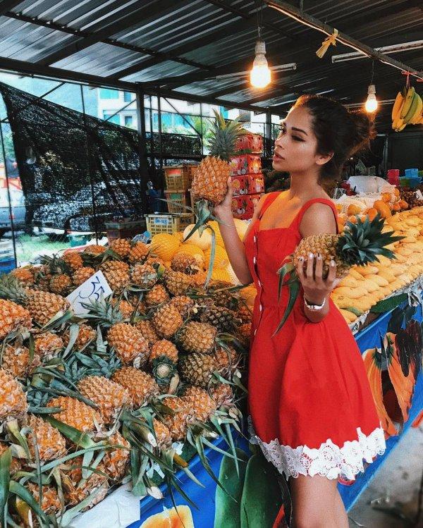 market, marketplace, public space, city, vendor,