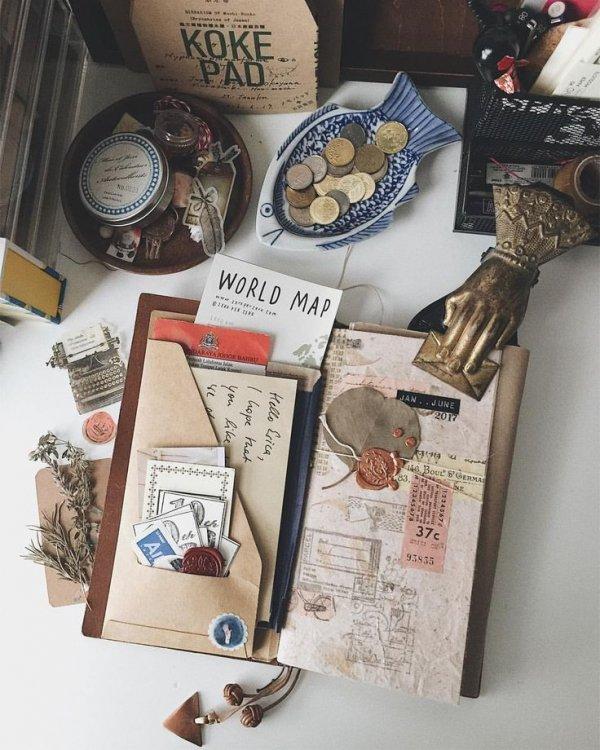 Box, Table, Illustration, Present, Paper,