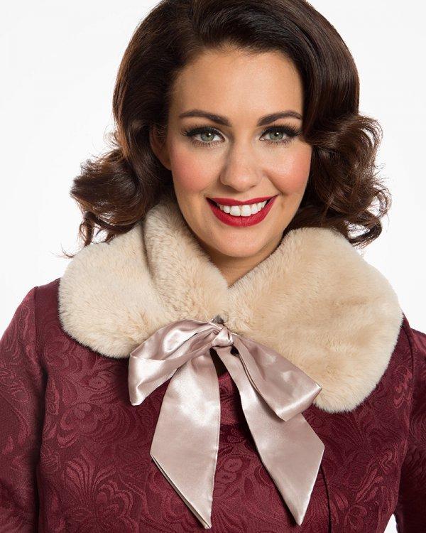 fur clothing, fashion model, beauty, fur, scarf,