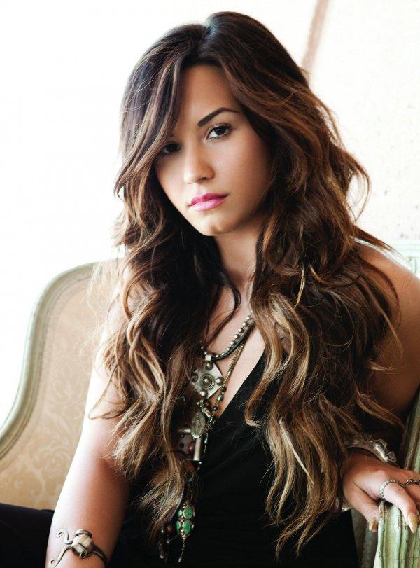 Demi Lovato-Bipolar, Bulimia