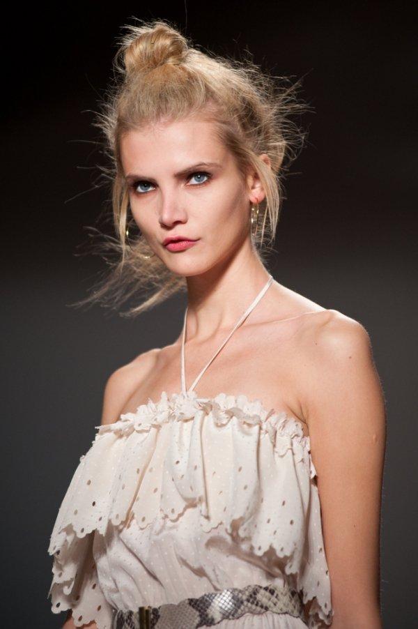 hair,runway,wedding dress,fashion,hairstyle,