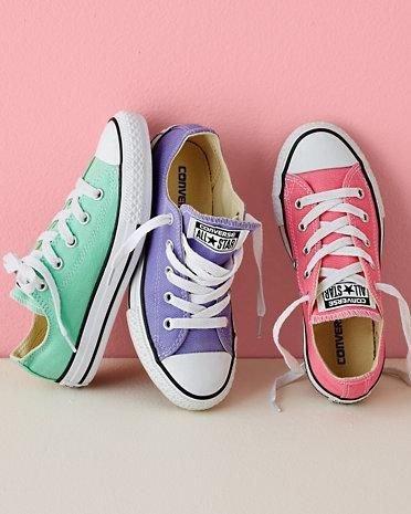 footwear,shoe,white,pink,sneakers,
