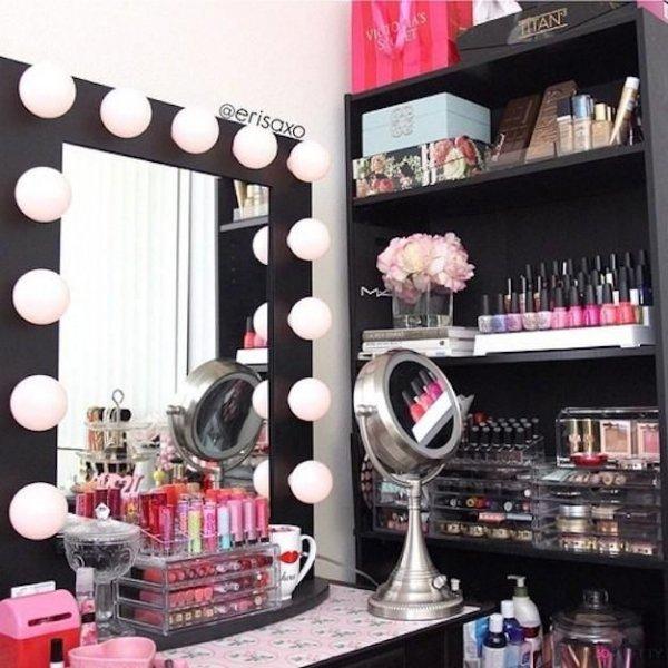 room,shelf,interior design,erisaxo,AAN,