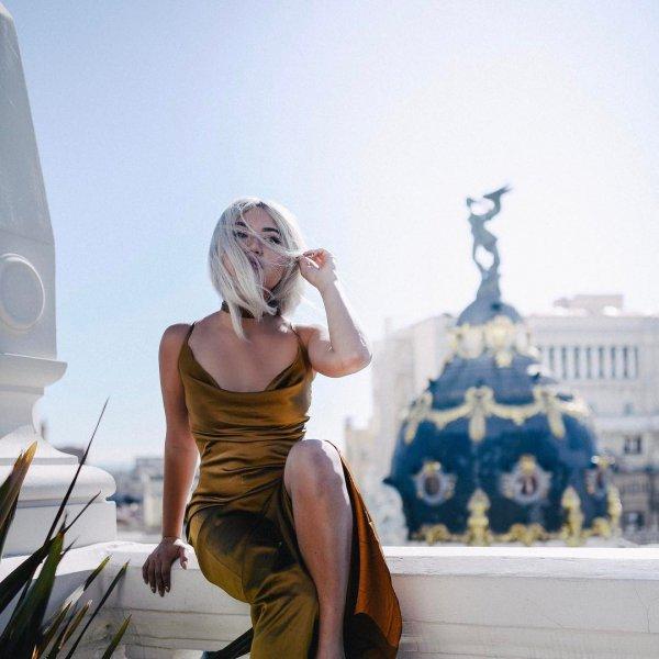clothing, statue, photo shoot, model,