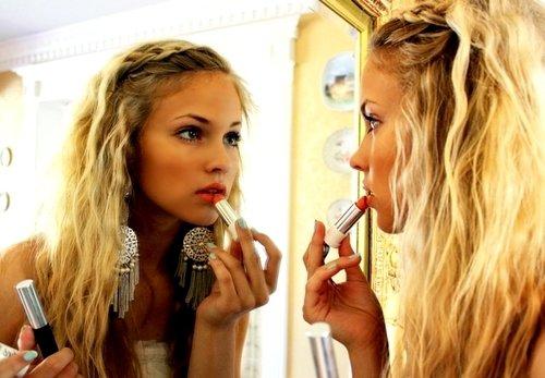 Make up Manoevres