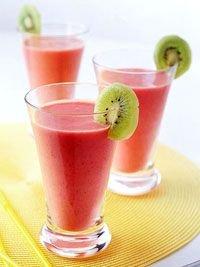 Strawberry, Banana and Kiwi Smoothie
