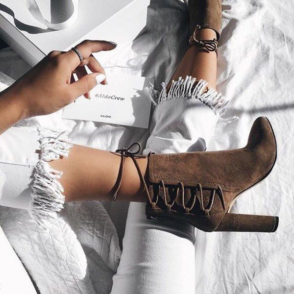 footwear, white, shoe, fashion accessory, arm,