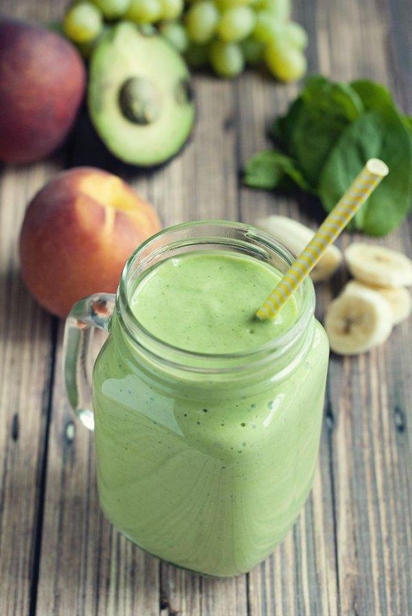 Banana Peach Green Smoothie