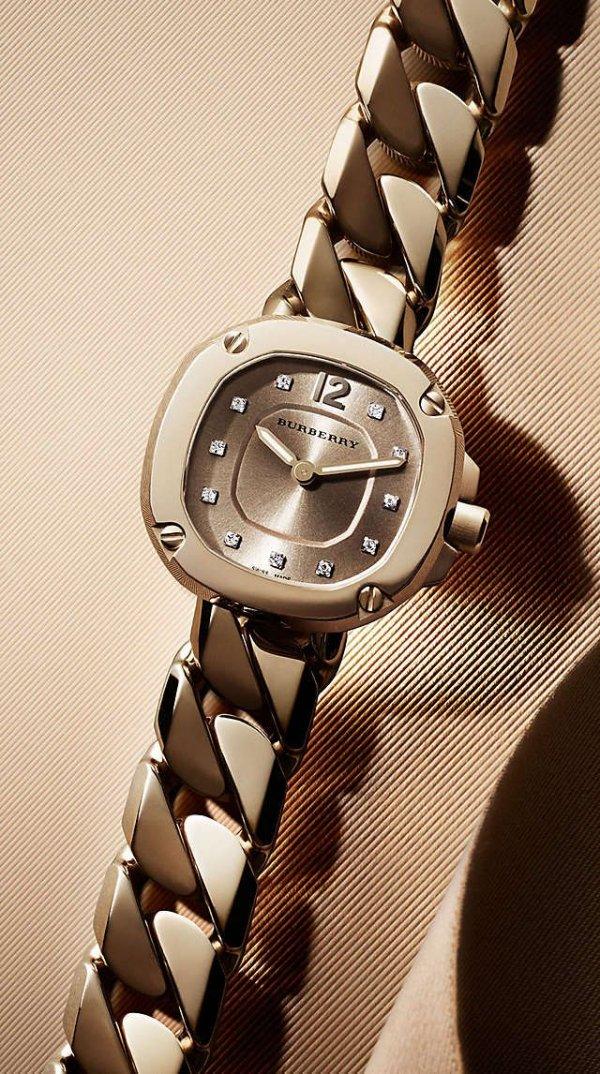 Analog watch, Watch, Watch accessory, Fashion accessory, Jewellery,