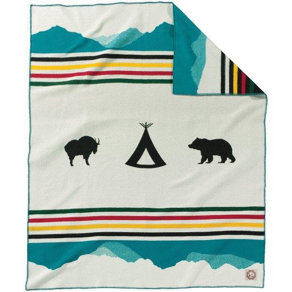 tablecloth, textile, furniture, flag, throw pillow,