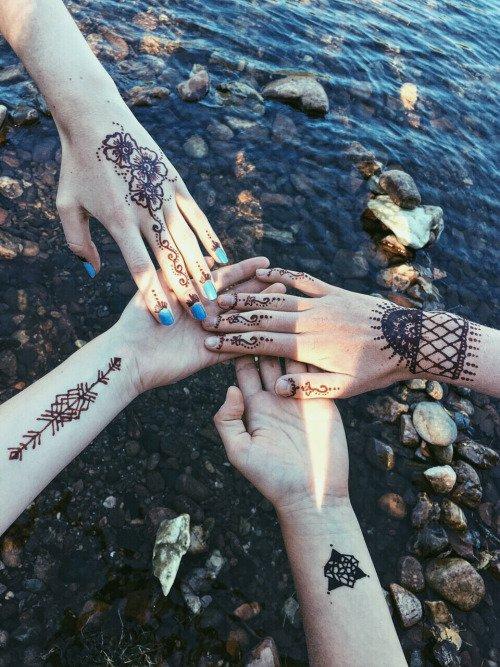 Henna Bffs
