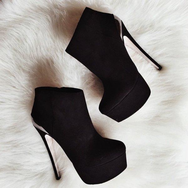 footwear, high heeled footwear, boot, leather, leg,