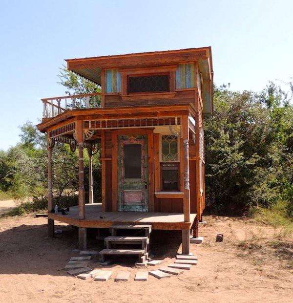 log cabin,building,hut,gazebo,home,