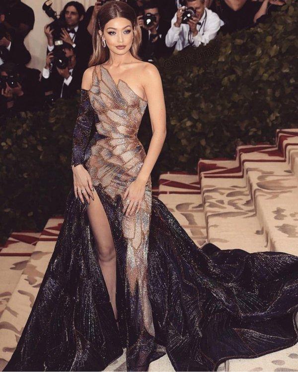Fashion model, Gown, Clothing, Dress, Shoulder,