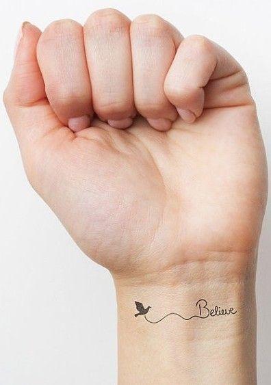 32 Inspirierende Handgelenk Tattoos